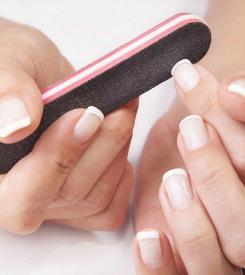 limare le unghie