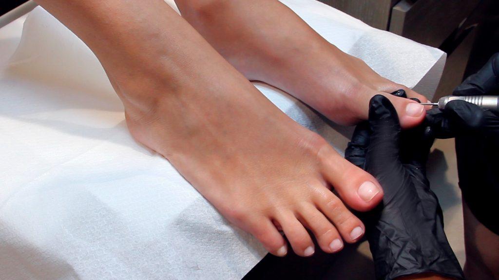Pedicure ricostruzione unghie