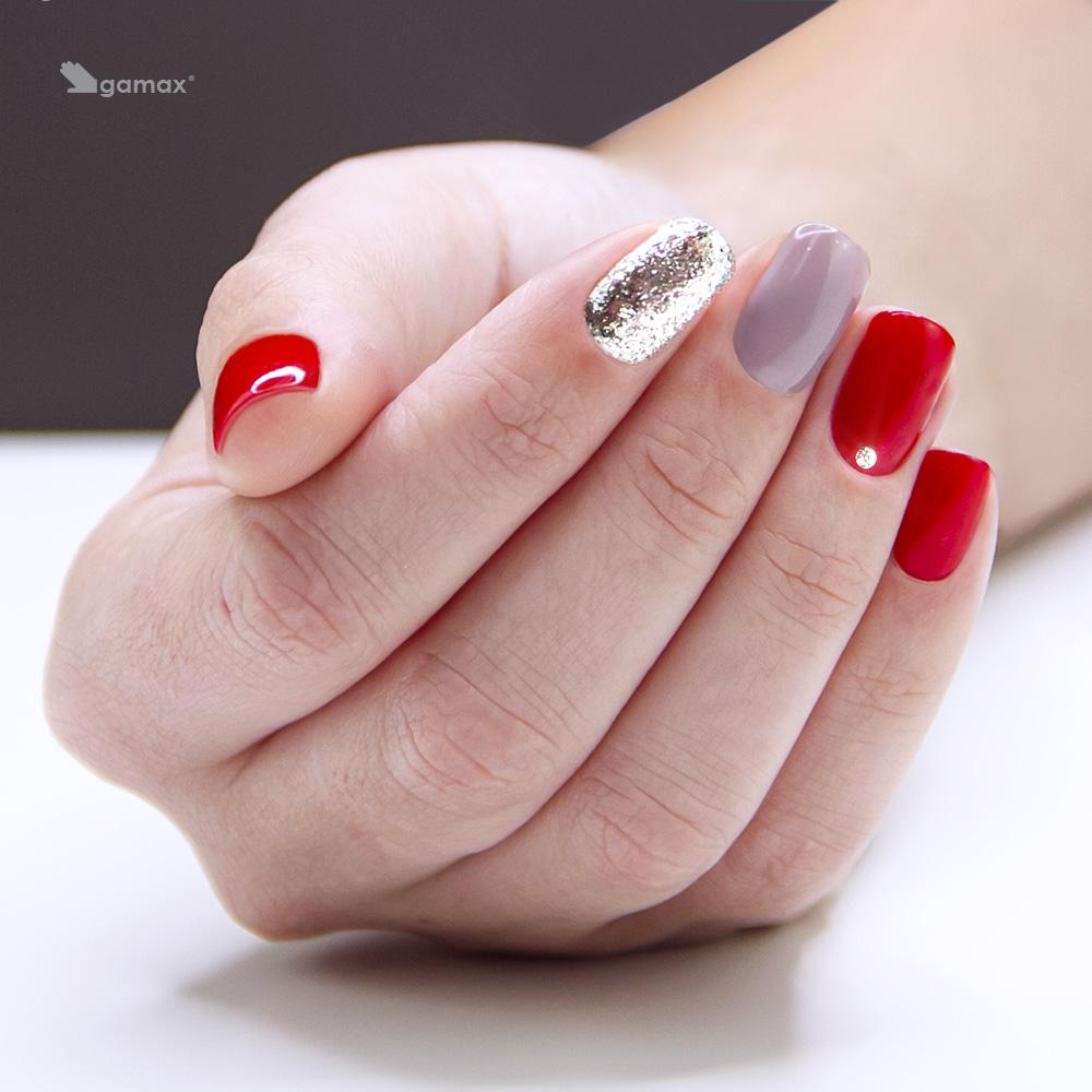 Nail art rosse natale