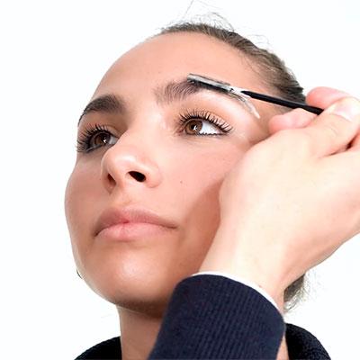 beauty routine sopracciglia